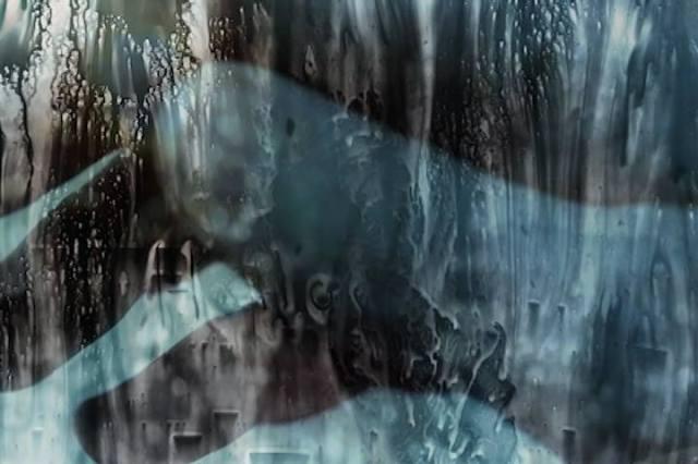 "Gregory Euclide - kadr z teledysku do utworu ""Still""."