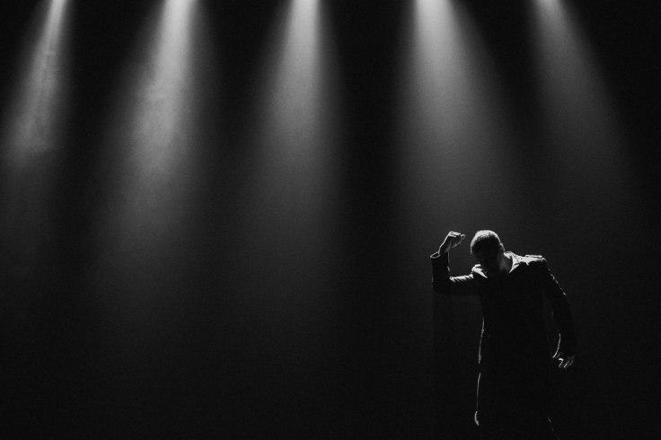 """Kadr z teledysku do """"Траур"""" (fot. Anna Fridenberg)"""