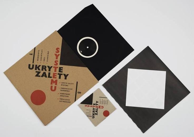 UZS - Ukryte Zalety Systemu (okładka płyty winylowej i CD / źródło: Facebook)