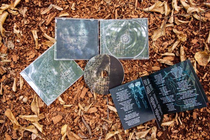 Dehet Sinn - Mora (płyta CD, źródło - Bandcamp)